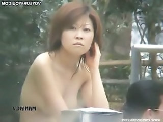 Japanese women interesting a bath