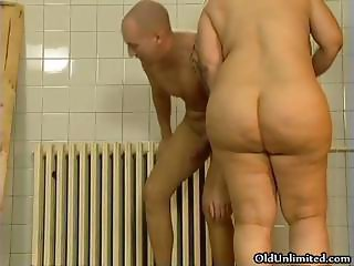 Ass Bathroom Chubby Mature Mom Old and Young