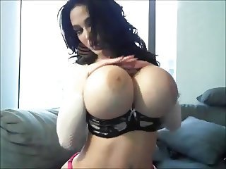 Amazing Big Tits Girlfriend Natural Webcam