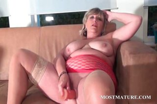 Masturbating Mature Mom  Toy