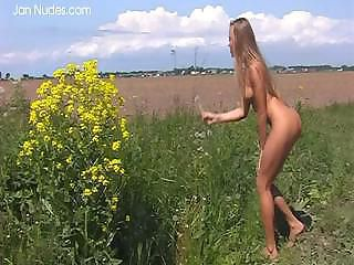 Amateur Erotic Nudist Outdoor Teen