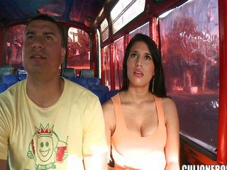Bus Latina Public Teen