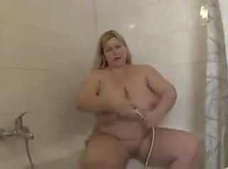 Amateur Bathroom Big Tits  Mom Natural Old and Young