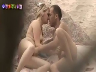 Beach Girlfriend HiddenCam Nudist Outdoor Voyeur