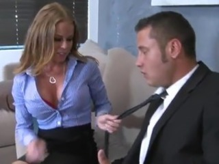 Cute Nikki Delano shafts Her Colleague And has Facialed