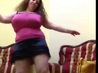 Amateur Arab  Big Tits Dancing