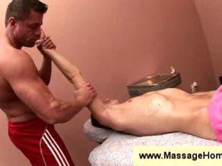Jeremy Lange gets a massage Sex Tubes