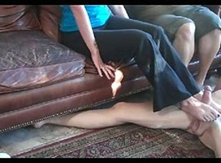 3 girls footjob