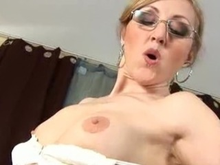 Kisser fucking and vaginal porn is what mature milfs do best