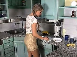 Kitchen Teen