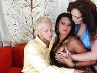 Couple Fuck Tranny