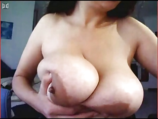 Big Busty Bbw Dancing And Playing In Webcam