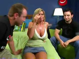 Kristal Summers Fucks In Front Of Her Boyfriend For Some Cash