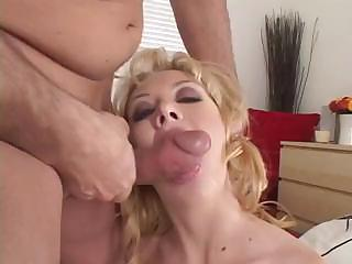 Jeanie Marie Sullivan Loves A Big Cock To Suck And Fuck With