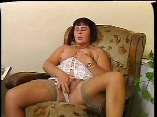 Chubby Mommy Gives Her Hirsute Pussy A Proper Gymnastics With Dildo