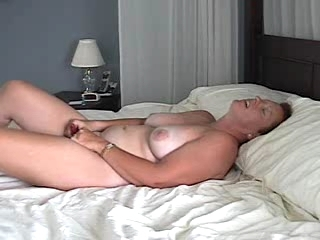 Milf Films Herself Masturbating And Cumm...