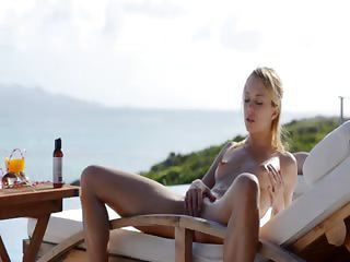 Blond Indulge Leila Naked Roughly The Sun
