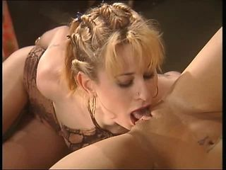 Close up Lesbian Licking MILF Pussy Shaved