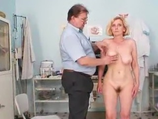 Unshaved crotch mother Tamara embarrassing doctor examination