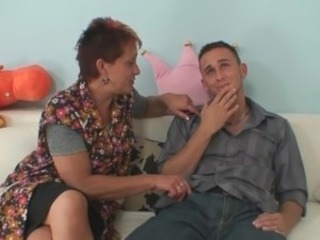 Aged mom seduces her daughter's BF