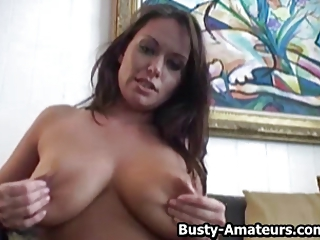Busty amateur Leslie loves masturbating her pussy with dildo
