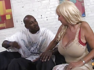 Hot interracial fuck with mother and not her daughter