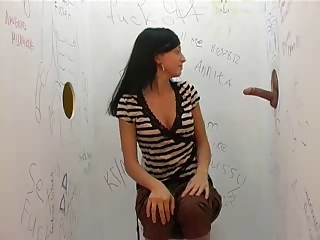 hot bitch in gloryhole comport oneself