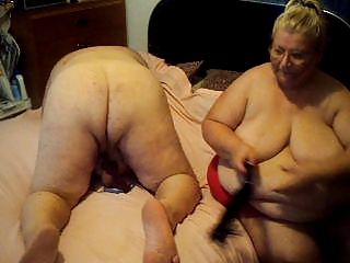 slave and me doing a cam show who want to joine us