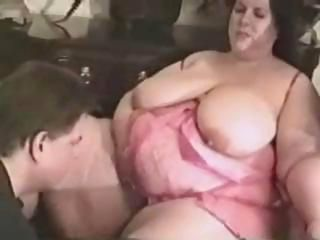Beamy guy gets a pair of chunky chicks everywhere do an interracial three-way surrounding him