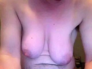 Big clit on webcam