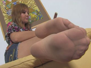 Unerring Woman Unerring Nylonfeet 17
