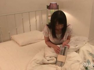 Delicate Asian Schoolgirl Put the kibosh on A Guy In Say no to Bed