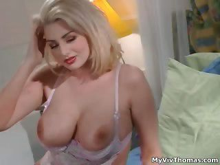 Sexy Blonde Babe Gets Horny Showing Off Part3