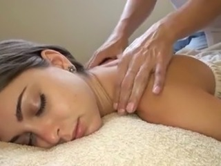 White girl getting the pulse rub-down ever! Riley Reid