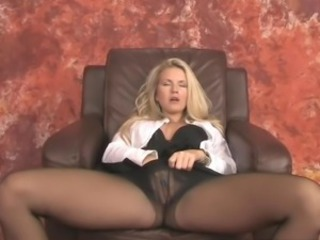 blonde SPREAD coupled with jilling off