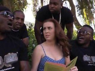Four black dudes ass fucked Jessie Parker with their bi...