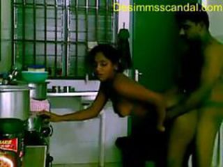 Srilankan Coupls Fucking in Kitchen