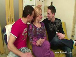Threesome with DP for mom with two young friends of h...