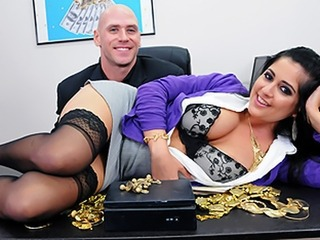 Kimber Kay riding schlong of Johnny Sins