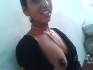 South Indian Neighbour Aunty Boobs & Choot Capture free