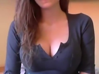 Webcam Girl With Perfect Round Tits F