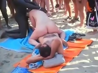 Voyeur beach - choreograph sex vulnerable an obstacle beach forwards of everybody.