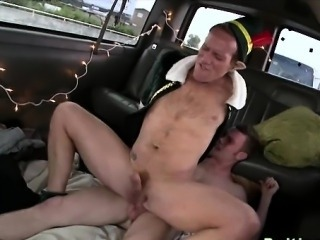 Straight dude gives tiny gay a cock ride