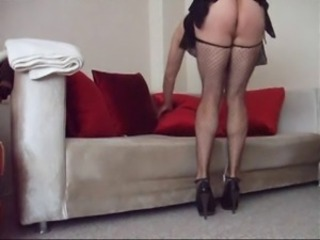Turkish Aysem- Miniskirt Maid Clean