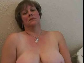 Amateur Chubby Mature Mom Natural