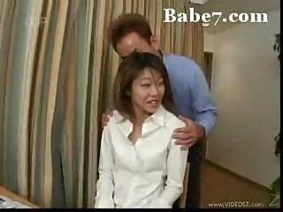 Asian tot getting stuffed by two guys who like using her pussy