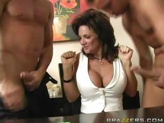 Deauxma Threesome