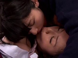 Japanese girls kiss1205-2