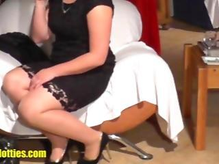 18yo Fatty Shows Her Pussy At The Casting
