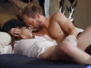 Broad in the beam Natural Tits Molly Jane Screwed Abiding By Huge Cock